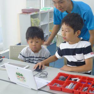 楽しく学べる「ロボット教室」